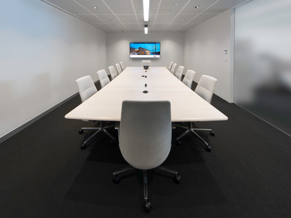 V&A Dundee Boardroom Table